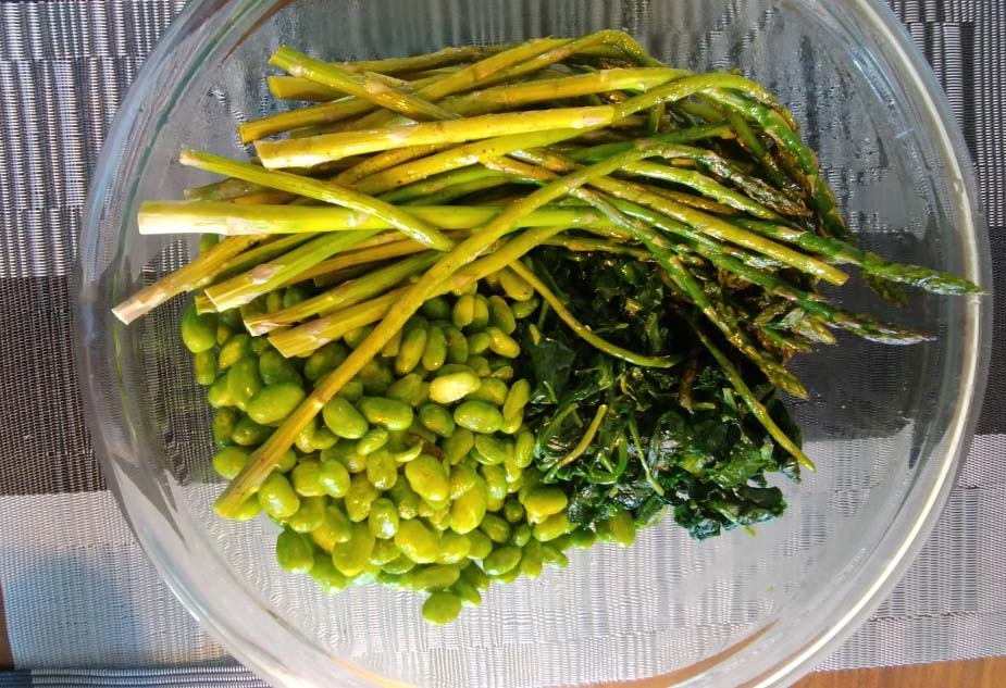 Vegan Spring Bowl Veggies (asparagus, edamame, and sautéed greens)