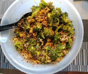 Roasted chickpea and broccoli buddha bowl