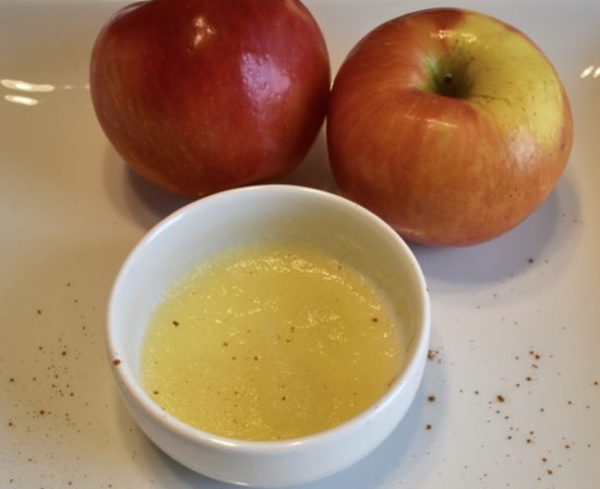 baby homemade applesauce or pureed apples with cinnamon