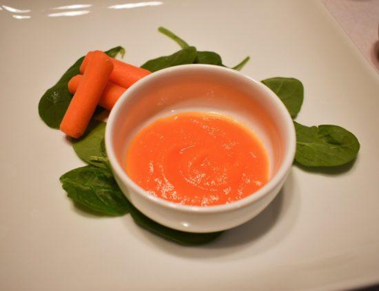 Homemade baby pureed carrots